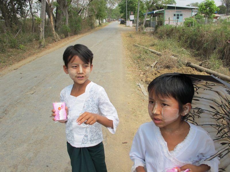 guida birmania bimbi