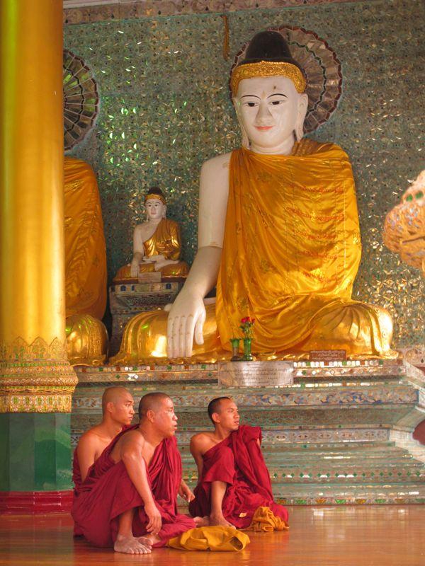 guida birmania monaci